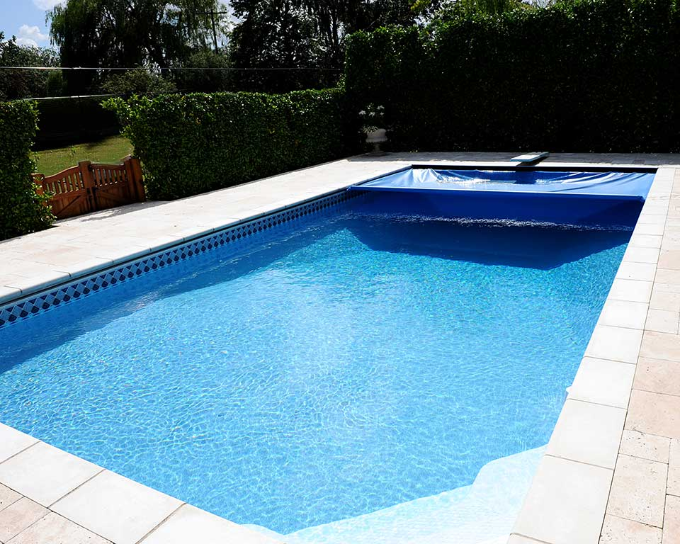 Automatic Safety Covers And Safety Covers Cascade Pools Suffolk