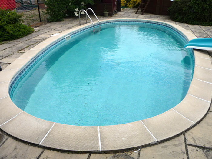 Shaped pools bespoke and standard pool shapes cascade pools ltd for Standard swimming pool size uk